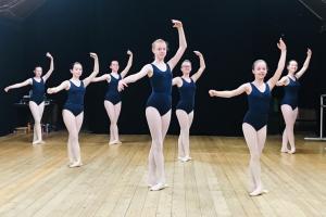Grade5 Ballet Uniform
